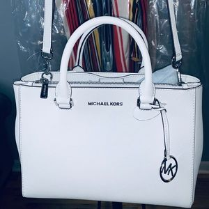 100% Authentic Michael Kors White Leather Bag